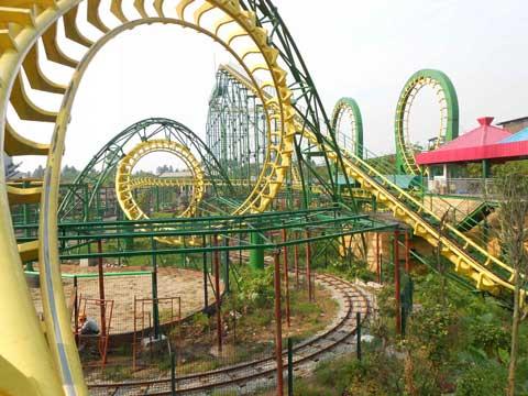 BNRC 02 - Four-loop Roller Coaster For Sale