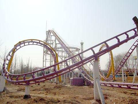 BNRC 11 - Mid-three-loop Roller Coaster